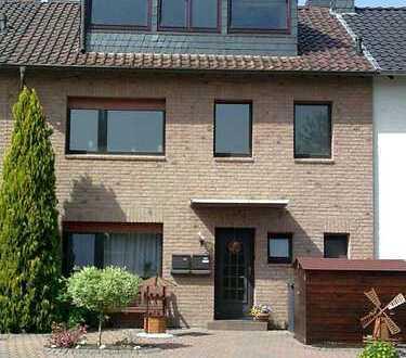 Helle, freundliche 3-Zimmer-Wohnung im Zweifamilienhaus in ruhiger Lage von Bergheim-Mitte