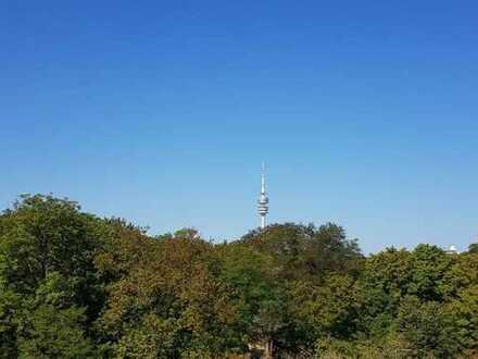 **Über den Dächern von Schwabing** RARITÄT Dachterrassenwohnung mit über 336 m² Dachterrasse und...