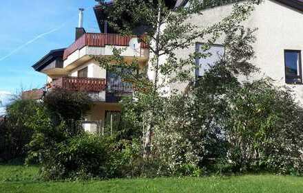 Gepflegte 5-Zimmer-Wohnung mit Balkon und Einbauküche in Biberach an der Riß
