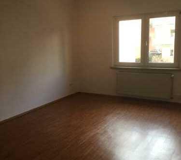 Schöne, helle und geräumige 2 Zimmer Wohnung in Mannheim, Lindenhof-Zentrum