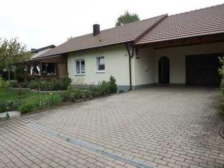 Schöner Bungalow, aktuell in Miete, wird zum 01.06.2020 frei und zum Verkauf angeboten.