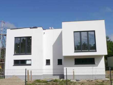 Neubau Erstbezug einer Doppelhaushälfte