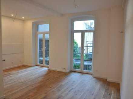 TOP sanierte Wohnung mit hohen Decken und Massiveichendielenboden
