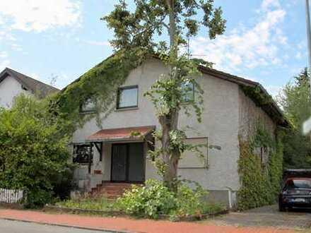 Modernisierungsbedürftiges Einfamilienhaus mit Garten in Stockstadt
