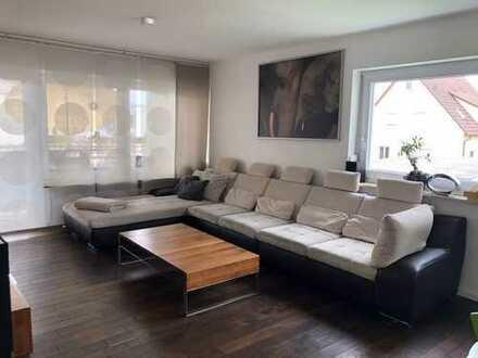 Neuwertige 3,5-Zimmer-Wohnung mit Balkon und Einbauküche in Bietigheim-Bissingen