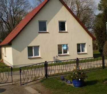 Provisionsfrei!!! Zweifamilienhaus in schönster Ferienregion von Vorpommern-Rügen