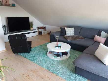 Ansprechende 3-Raum-DG-Wohnung mit EBK und Balkon in Hettenleidelheim