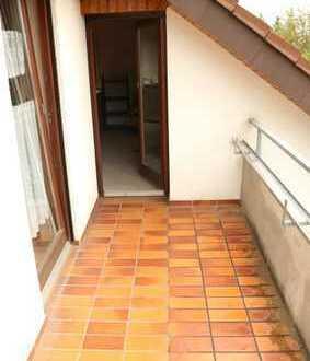 Schöne komplett möbilierte 1 Zimmer Wohnung mit Küche, Balkon sowie Stellplatz in Bondorf, WM:440€