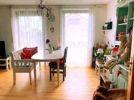 Gemütliche, sehr ruhige DG-Wohnung (3,5 ZKB) mit großem Balkon und Gartenanteil – ideal für Pendler