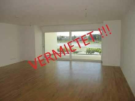 VERMIETET !!! Erstklassige 3-Zimmer-Wohnung mit direktem Blick auf den Rhein !!!