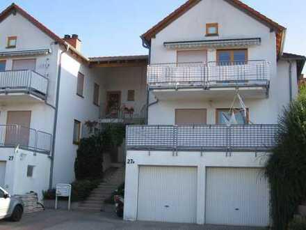 Von privat zu vermieten: 4,5 Zimmer-Wohnung in Neckarbischofsheim, Weinberg, 102 qm