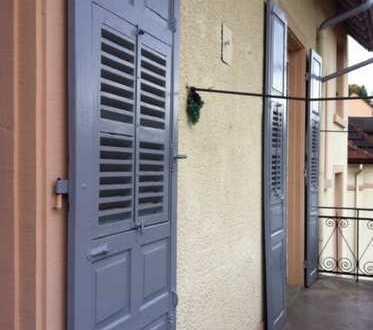 Zentral, Grosszuegig Penthouse Wohnung im sanierten Altbau