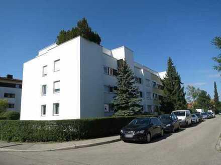 sehr individuelle, ruhig gelegene 3-Zimmer-Dach-Terrasse in Germering