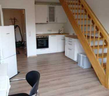 Exklusive, modernisierte 2-Zimmer-Maisonette-Wohnung mit EBK in Augsburg