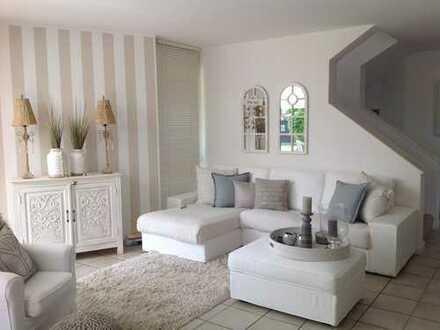 Freistehendes Architektenhaus: Hochwertig ausgestattetes Einfamilienhaus auf großzügigem Grundstück
