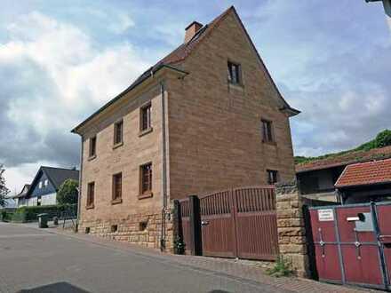 Ehemaliges Herrenhaus mit Nebengebäude, Hof und Garten in ruhiger Lage Nähe Alzey
