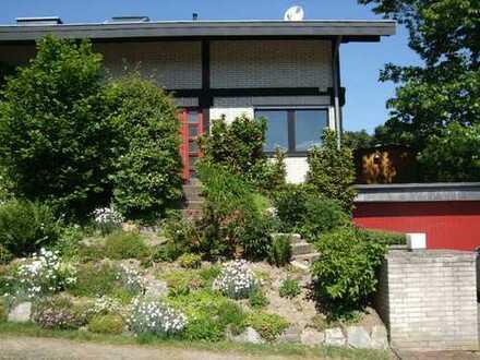 Möblierte Einliegerwohnung im Grunen ruhig Dorf im Taunus