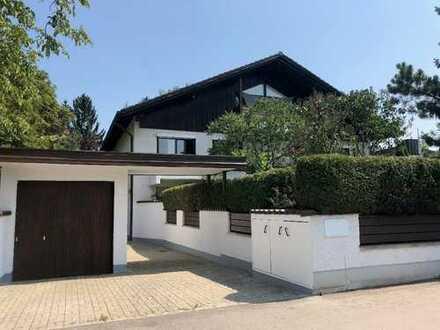 Großzügig geschnittene Dachgeschosswohnung in München-Lerchenau