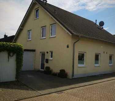 Doppelhaushälfte in Erftstadt Lechenich