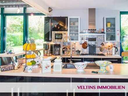 Bad Vilbel- direkt an den Niddawiesen! Bezaubernde 5-6-Zimmer-Design-Wohnung mit viel Atmosphäre