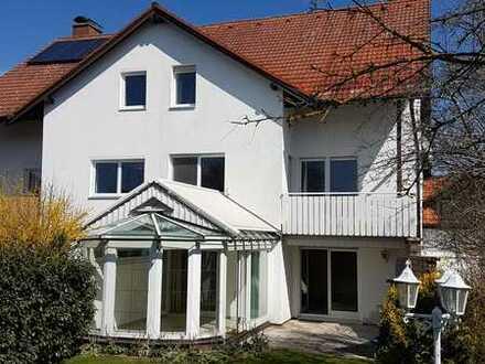 Raumwunder: Doppelhaushälfte mit Topausstattung in 82269 Geltendorf