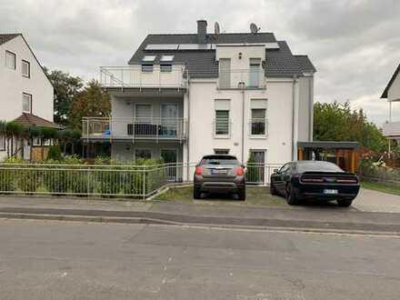 TOP Eigentumswohnung, hochwertig ausgestattet. mit 3 Zimmer, Küche, Bad mit 13 m² Balkon.