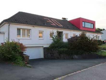 Bewundernswertes Einfamilienhaus + Gewerbeeinheit in Remscheid zu verkaufen