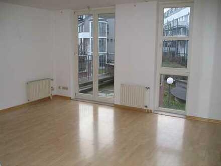 Moderne Einzimmer-Wohnung im 1. OG Fußbodenheizung, Balkon, Aufzug