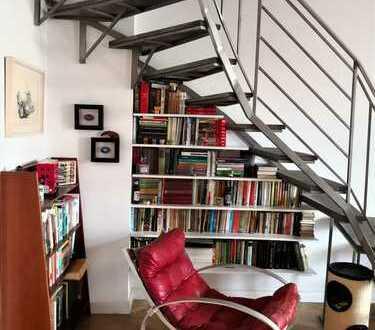 Wunderschönes Duplex in Charlottenburg - komplett renoviert 5 Zimmer, 2 Bäder