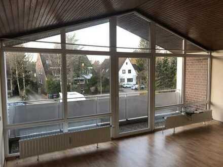 Helle 1 Zimmer Wohnung 45 qm mit Balkon per sofort