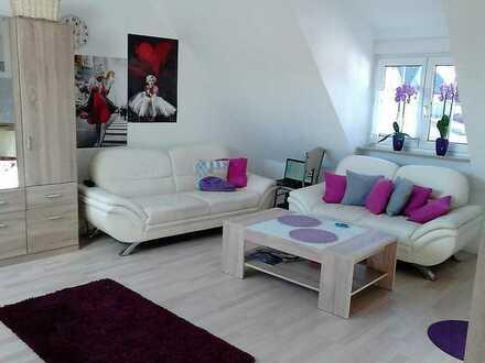 Gepflegte DG-Wohnung mit einem Zimmer und EBK in Bad Mergentheim