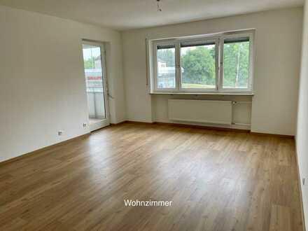 Erstbezug nach Komplettsanierung: geräumige 4,5-Zimmer-Wohnung mit Balkon in Eggenfelden