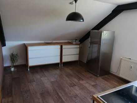 Schöne, gepflegte 3,5-Zimmer-DG-Wohnung in Plankstadt