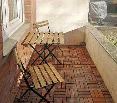 Möblierte, gepflegte 2-Zimmer-WG-Wohnung mit Balkon und Einbauküche in Aachen