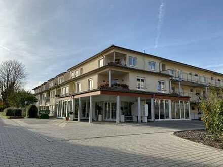 Seltene 3-ZKBB Wohnung in der Seniorenresidenz Oranienhof