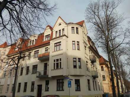 **hübsche 1,5-Raum Wohnung mit Balkon zu vermieten**