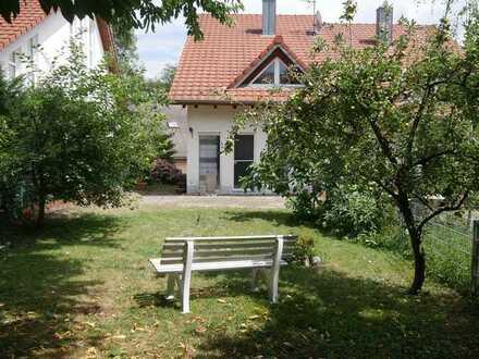 Freiburg-Waltershofen|Charmante Doppelhaushälfte mit großem Garten