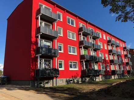 Frei ab 01.02.2021: grundrenovierte 2 Zi.-Wohnung mit Balkon + Einbauküche