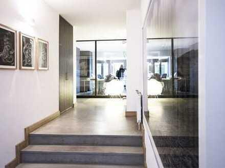 Schönes, offenes Büro mit großem Hof mitten in Unterbilk