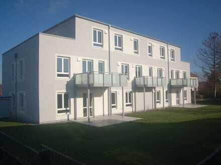 """Neubau/Erstbezug """"Das kleine Penthouse"""" 2-Zimmer ETW im Dachgeschoß mit 26m² Dachterrasse /Fahrstuhl"""