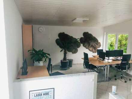 Schreibtische im 6er Büro