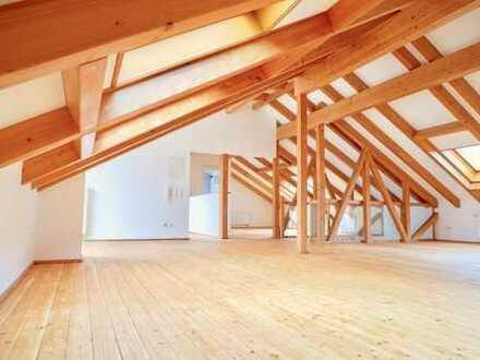 Loftwohnung mit Dachterrasse in der Dresdner Neustadt! Bezugsfrei! Exzellent modernisiert!