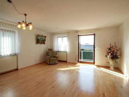 3-ZKB Eigentumswohnung mit Wintergarten und Balkon