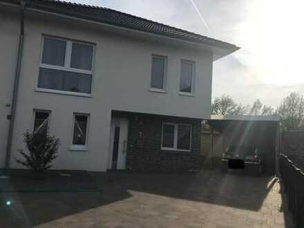 Moderne und gepflegte Neubau Doppelhaushälfte in Lotte-Wersen
