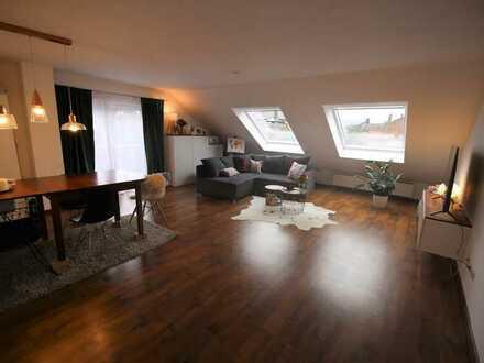 Stilvolle, modernisierte 2-Zimmer-Wohnung mit Balkon und Einbauküche in Niefern-Öschelbronn