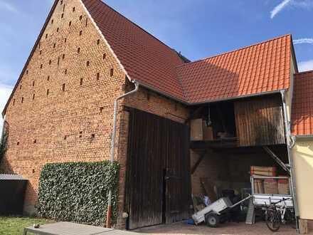 Scheune zum Ausbau als 1-2 Familienhaus oder für Oldtimer - Liebhaber / Werkstatt / Garage