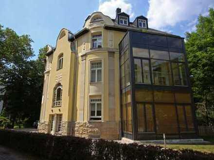 //Exklusive Wohneinheit in freistehender Villa am Rosental//