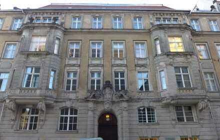 """Altbauwohnung in Kulturdenkmal zwischen Museumsinsel und """"Unter den Linden"""" Ruf: 0176 321 435 39"""