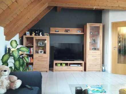 Ein Traum in Holz 3 Zimmer Maisonette-Wohnung in Friedberg (Hessen)