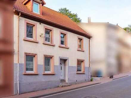 Einfamilienhaus mit Potenzial in Weilerbach